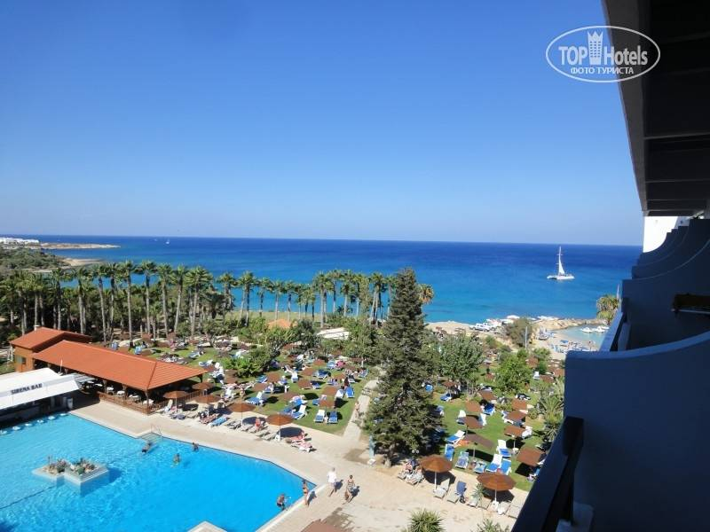 Сavo Maris Beach Hotel 4*